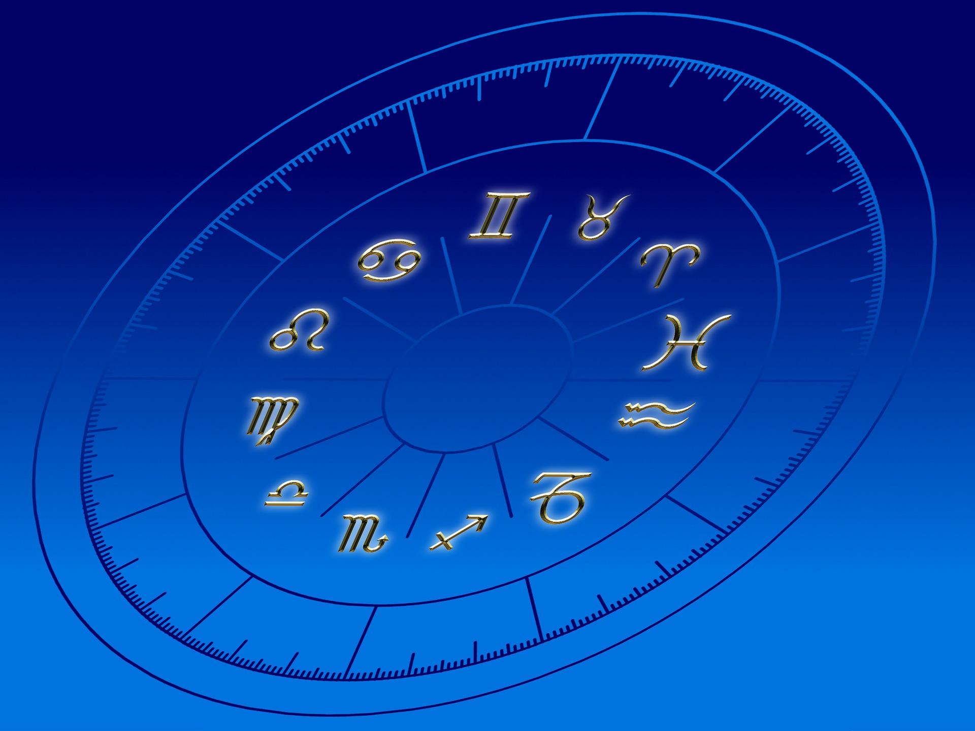 Совестимость знаков Рыбы и Рака по зодиаку, любовный гороскоп